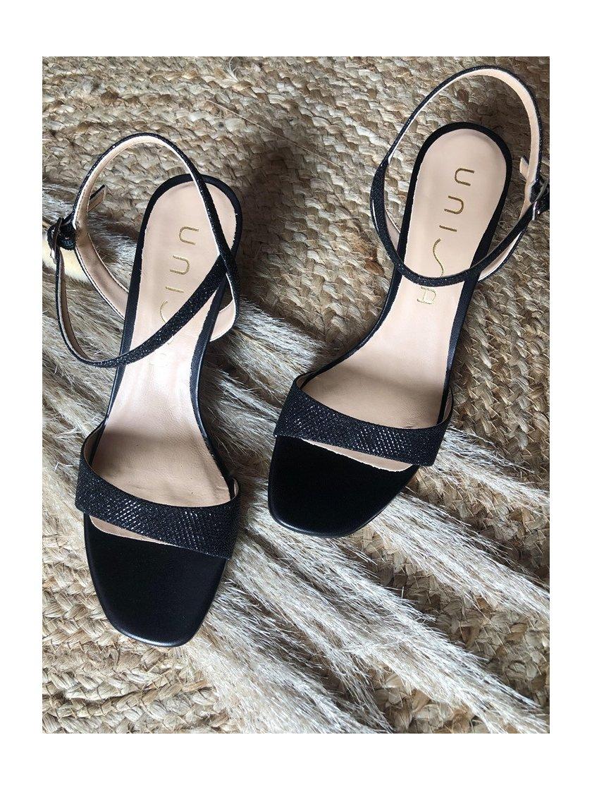 Sandales Mechi noires brillantes Unisa Femme